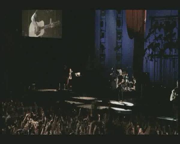 Bryan adams live in lisbon 2005 - Bryan adams room service live in lisbon ...